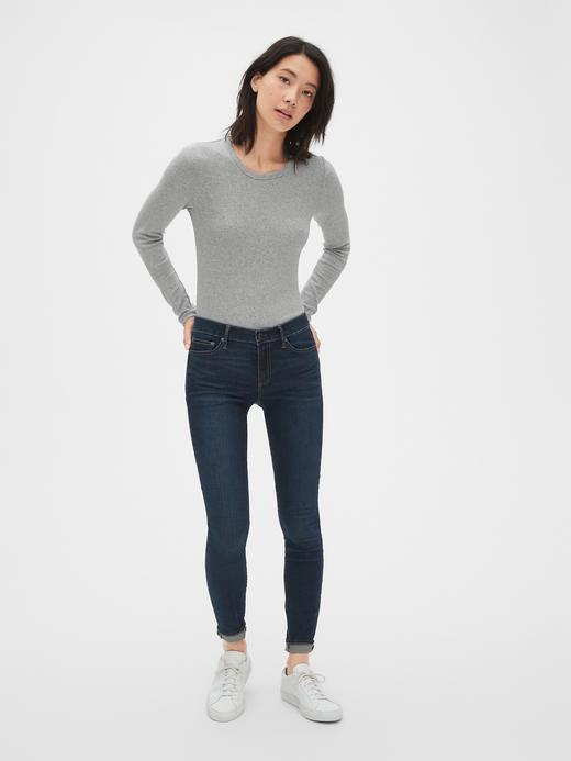 Kadın Beyaz Uzun Kollu Sıfır Yaka T-Shirt