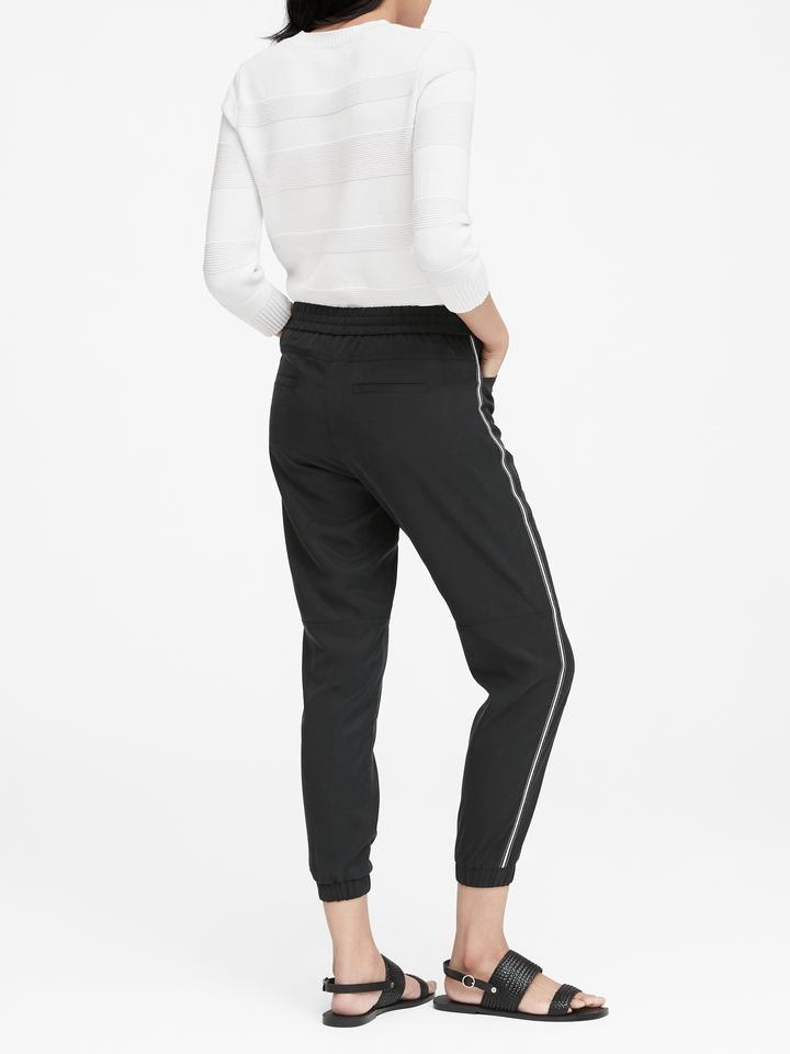 Kadın Siyah TENCEL™ Utility Jogger Pantolon