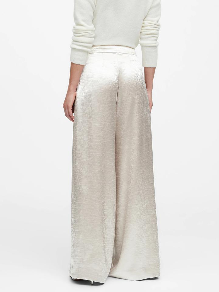 Kadın Bej High-Rise Wide-Leg Saten Pantolon