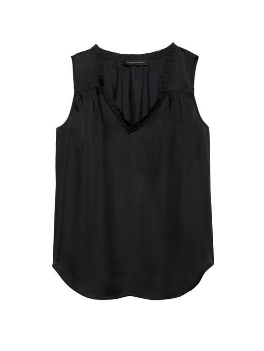 Kadın Siyah Yumuşak Saten Kolsuz Bluz