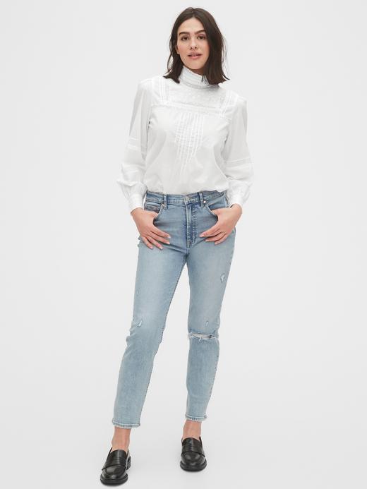 Kadın Beyaz Dantelli Uzun Kollu Bluz