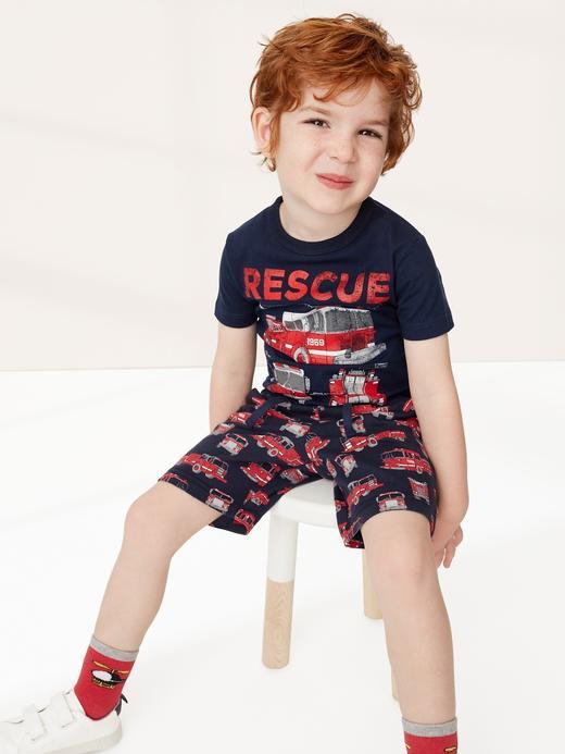 Erkek Bebek Kırmızı Desenli Pull-On Şort