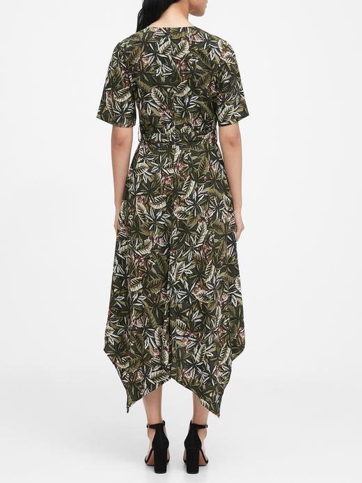Kadın Yeşil Desenli Kruvaze Elbise