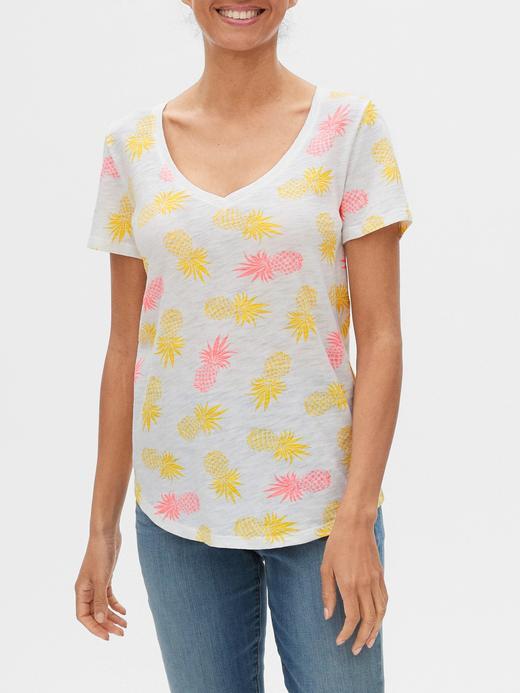 Kadın Beyaz Desenli V Yaka T-Shirt