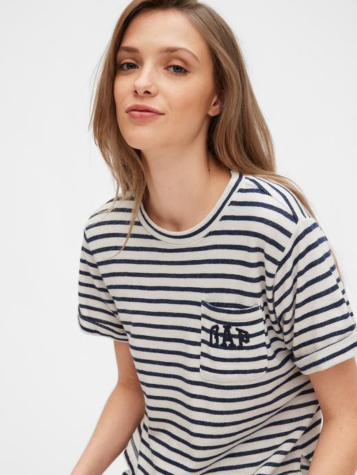 Kadın Kırmızı Gap Logo Kısa Kollu T-Shirt