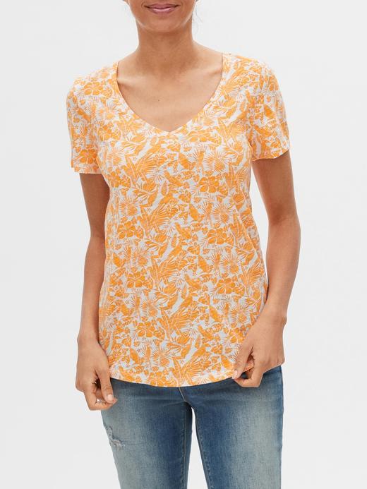 Kadın Turuncu Desenli V Yaka T-Shirt