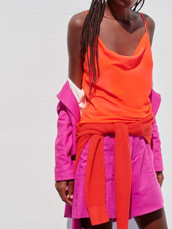 Kadın Kırmızı Yakası Dökümlü Bluz