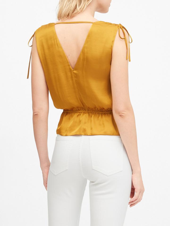Kadın Siyah Saten Cropped Peplum Bluz