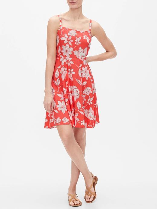 Kadın Kırmızı Desenli Askılı Elbise