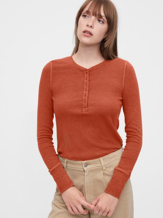 Kadın Kırmızı Henley V Yaka T-Shirt