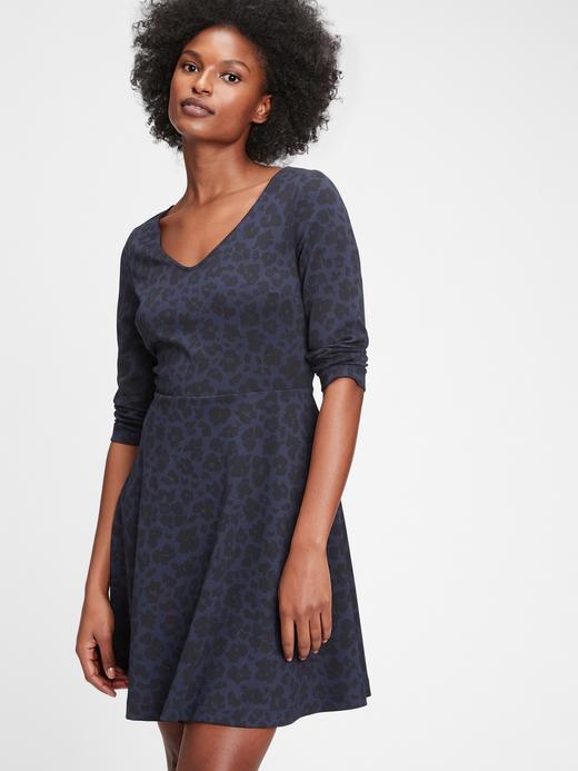 Kadın mavi Desenli V Yaka Elbise