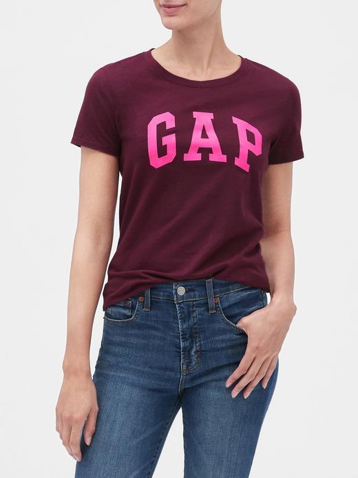Kadın Mor Gap Logo Kısa Kollu T-Shirt