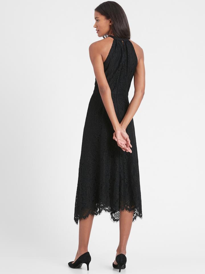 Kadın Siyah Dantelli Halter Yaka Midi Elbise
