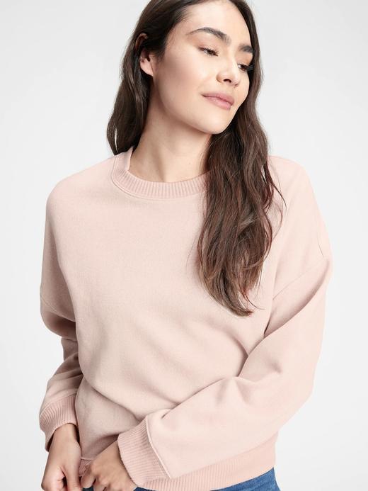 Kadın Bej Pırıltılı Yuvarlak Yaka Sweatshirt