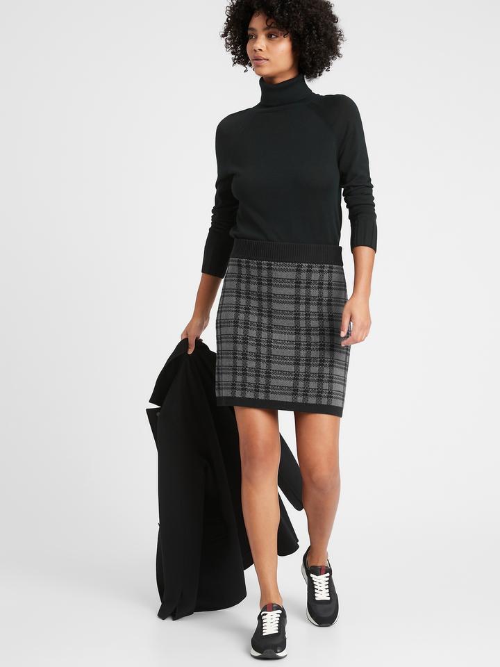 Kadın Siyah Ekose Mini Etek