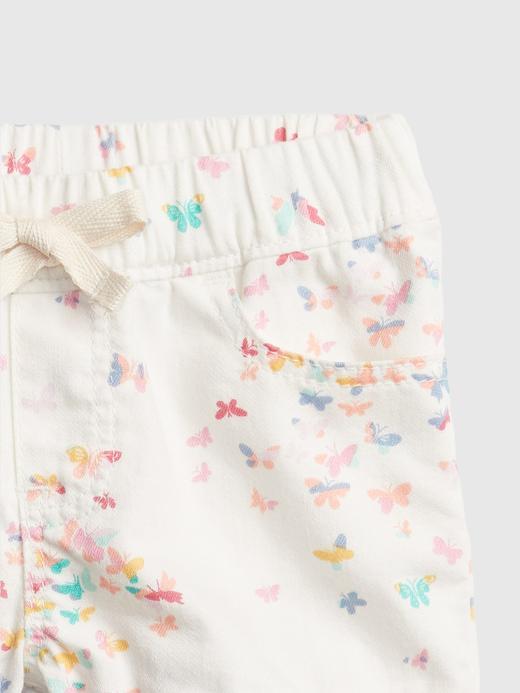 Kız Bebek Beyaz Kelebek Desenli Şort