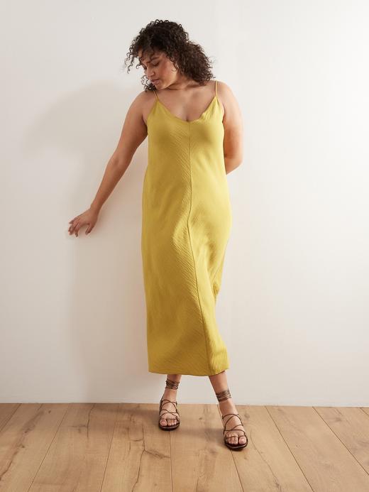 Kadın Sarı V Yaka Saten Elbise