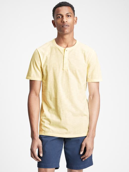 Erkek Sarı Henley Kısa Kollu T-Shirt