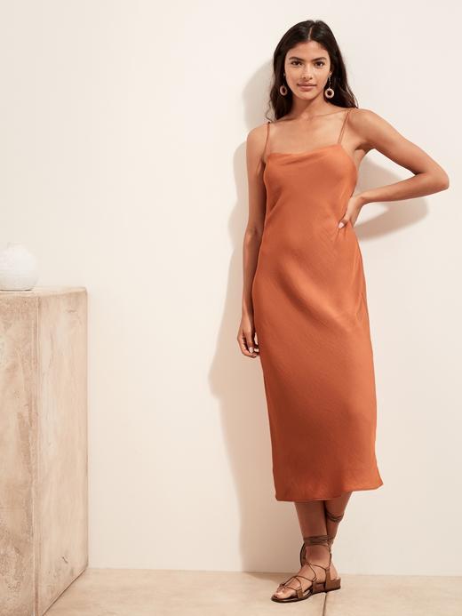 Kadın Turuncu Kare Yaka Slip Elbise