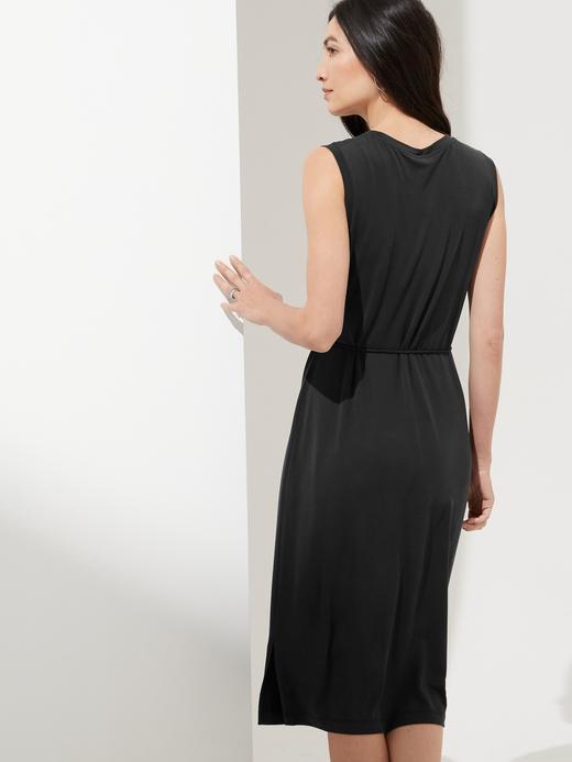Kadın Siyah Sandwash Kolsuz Elbise